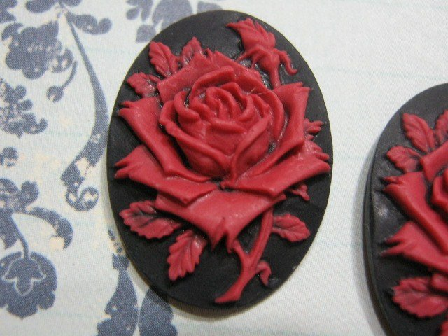 Rose Cameo 25x18mm Red on Black Resin Cabochon