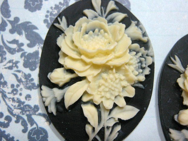 Flower Cameo 40x30mm Plastic Cabochon