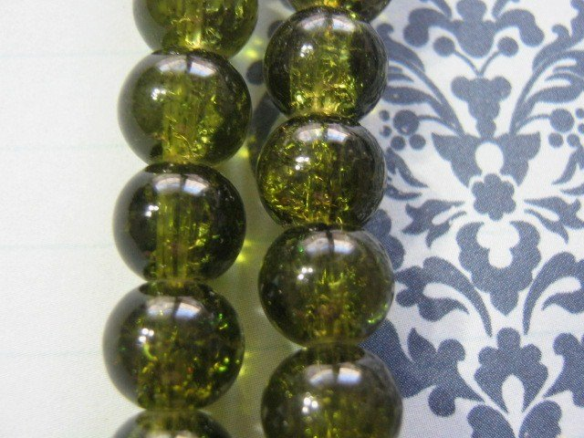 Olivine Green Crackle Glass Beads 6mm Round