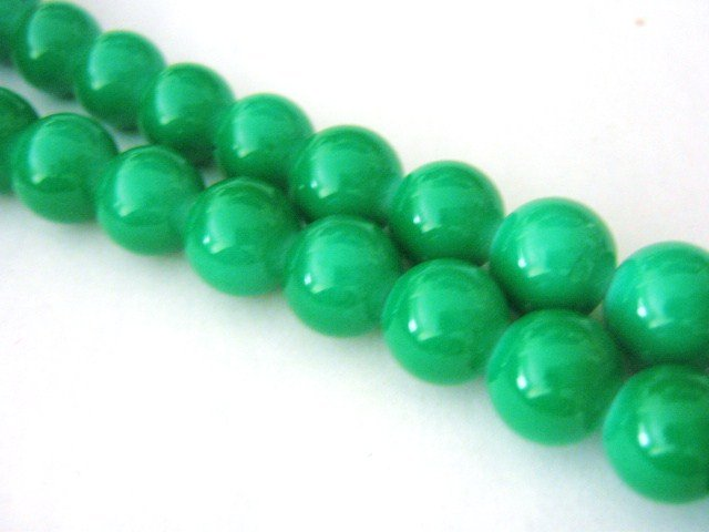 Green Opaque Glass Beads 6mm Round