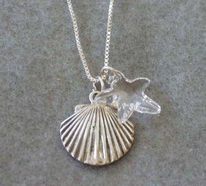 Shell Crystal Pendant