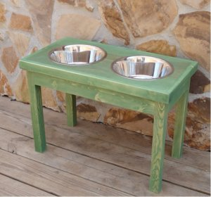 "Elevated Dog Feeder 18""High"
