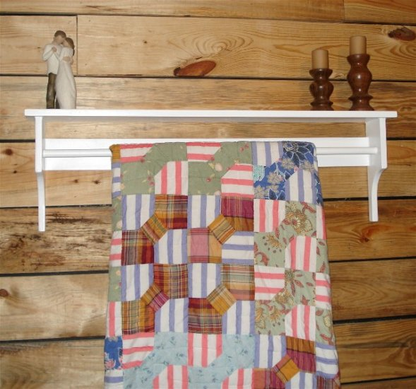 36 Inch Quilt Rack and Shelf
