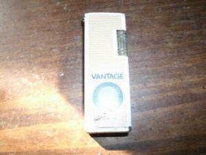 Vantage Lighter metal older