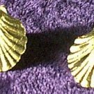 Small Scallop Seashell Earrings Gold Plated ?