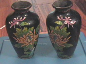 PAIR VINTAGE CLOISONNE VASES 7 3/4 INCHES TALL