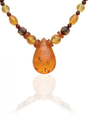 Elegant Multifaceted Amber Necklace with large a Amber Teardrop centerpiece