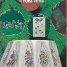 Christmas Designs in Cross Stitch Leisure Arts Leaflet 128 Vintage Holiday Pattern Book