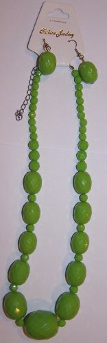 Bright Green Textured Necklace