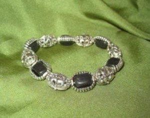 Onyx and Silver Tone Stretch Bracelet ~