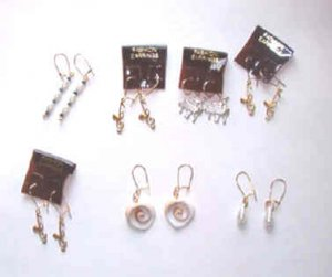 New 7 Prs Fashion Earrings in a Clear Flower Case Pearl Musical Clefs, Heart Shapes, Pearls