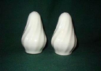 White Swirl Salt and Pepper Shakers Excellent Condition
