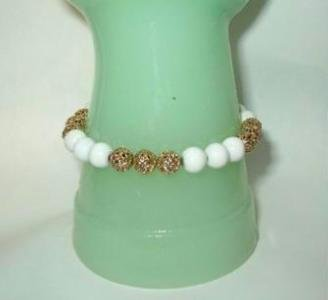 Vintage Gold Filigree and White Beads 7.5 inch Bracelet Estate Find