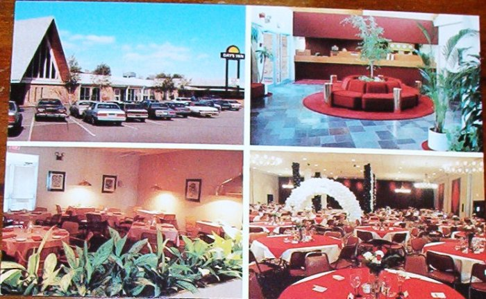 Unused Post Card of the Days Inn Conference Center CLEAN
