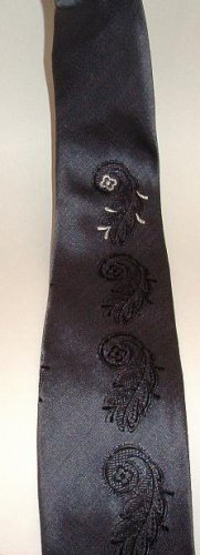 Kwik-Klip Necktie Designed by Arrow Paisley Design Early 1960s