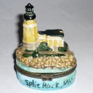 Split Rock MN Porcelain Souvenir Box Castle Motif Mint