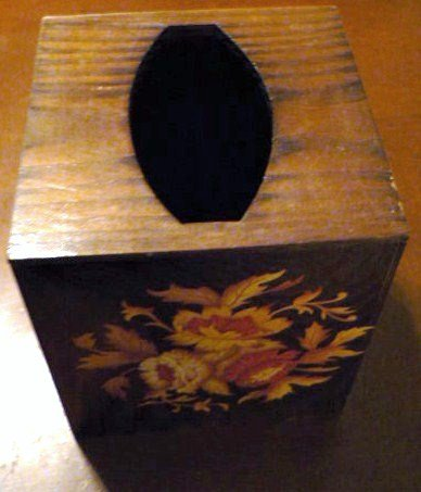 Two Vintage Wood Home Decor Tissue Box and Trinket Box with Shells