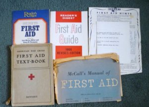 American Red Cross First Aid Text Book 1940 And Other Collectible Guides