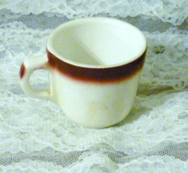 Buffalo China Red Maroon Spraymist Pattern Cup Vintage