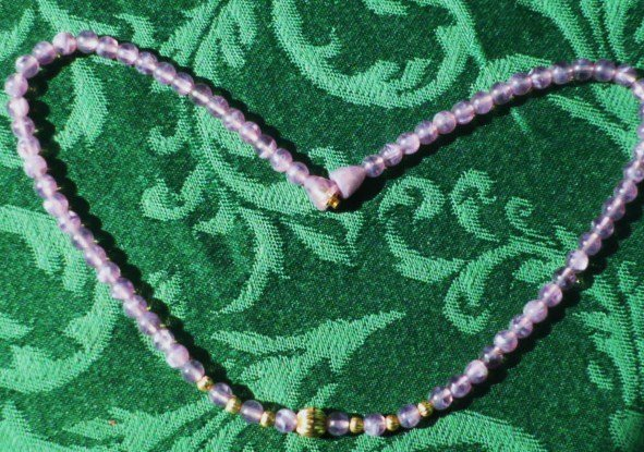 Vintage Lavender Purple Necklace w/ Golden Beads Screw in Closure
