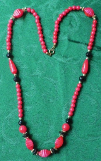 Flirty 1960s-70s Red Black Golden Necklace 24 Inches