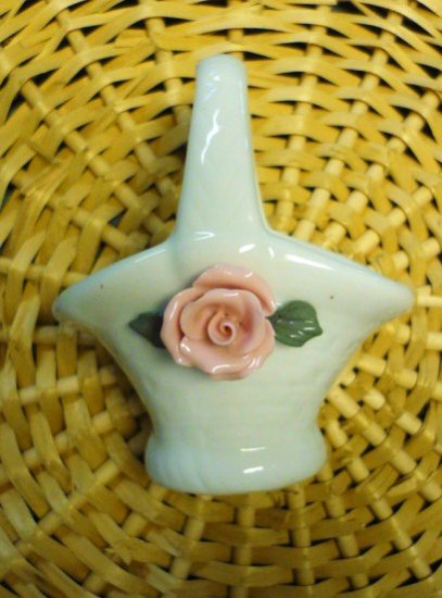 Miniature White Porcelain Woven Basket Featuring a Pink Rose