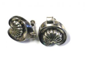 Clamshell or Paisley Motif Earrings Screw Back Style Antiqued Silver Tone