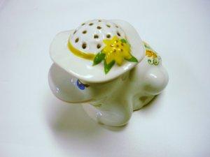 Avon 1980 Adorable Porcelain Frog Potpourri Pomander Jar