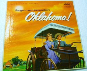 Rodgers and Hammersteins Oklahoma lp wao-595 NM