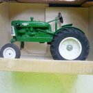 Oliver 440 1:16 Scale Diecast Farm Tractor Collector Edition Model by Spec Cast - Rare