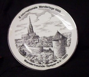 8. Internationale Wandertage 1988 Com. Plate