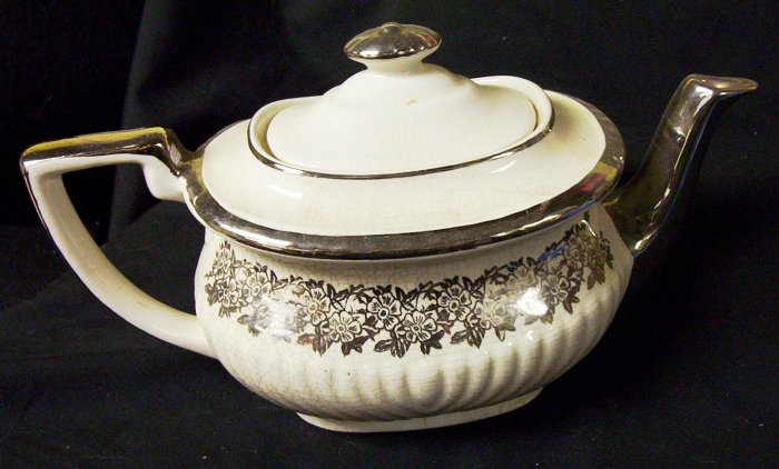 GIBSON'S TEAPOT STAFFORDSHIRE ENGLAND 1972