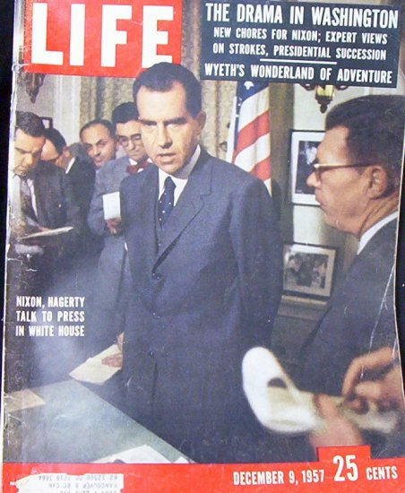 LIFE MAGAZINE Dec. 9, 1957 Nixon, Hagerty Talk to Press in White House