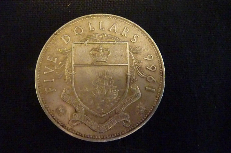 1966 Bahama Islands $5 Five Dollar BU SILVER 1.25 ONCE
