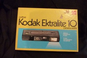 Vintage Kodak Ektralite10 Camera Outfit in original box