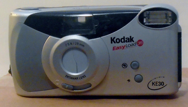 Kodak KE 30 Easy Load 35mm Point and Shoot Film Camera