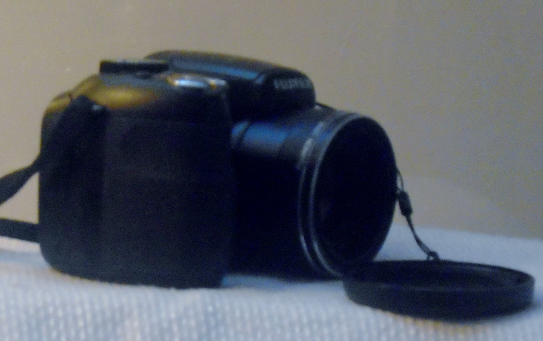 Fujifilm FinePix S Series S17005.---5V 5.5W Digital Camera - Black