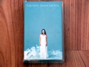 TORI AMOS UNDER THE PINK TAPE