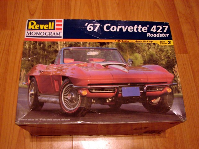 1967 CHEVROLET CORVETTE 427 MODEL KIT REVELL / MONOGRAM