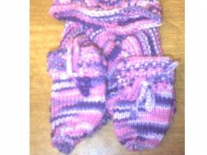 newborn scarf,hat and mitten set 0-6months