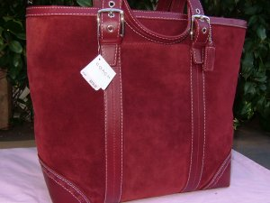 COACH HAMPTONS LARGE SUEDE BORDEAUX TRAVEL/BUSINESS/BRIEF TOTE