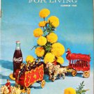 Coca-Cola PAUSE For LIVING Magazine Booklet Vintage Coke Summer 1968 Crafts