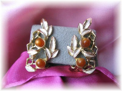 JUDY LEE Earrings signed vintage jewelry