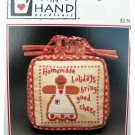 Heart in hand - wee gingerbread, cross stitch pattern