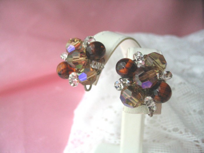 Vintage jewelry clip crystal aurora borelis beaded earrings