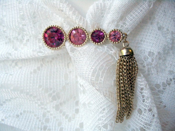 SAUCY pin rhinestone Sarah Coventry vintage jewelry