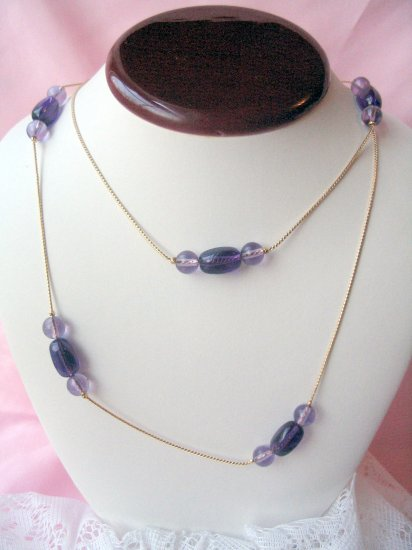 Trifari necklace vintage piece Goldtone purple