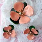 SARAH COVENTRY PEACH TAHITIAN FLOWER Clip earring pin set demi