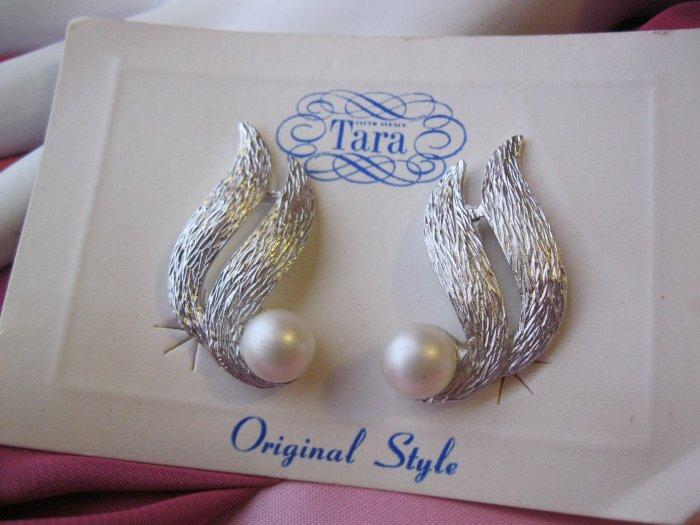RIVIERA  Vintage Clip faux Pearl Earrings by Tara
