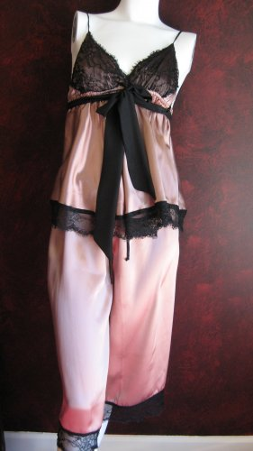 Wendy Glez silk frappuciano and blacl lace pajama set
